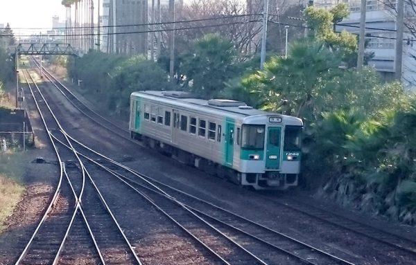 徳島市を走る列車