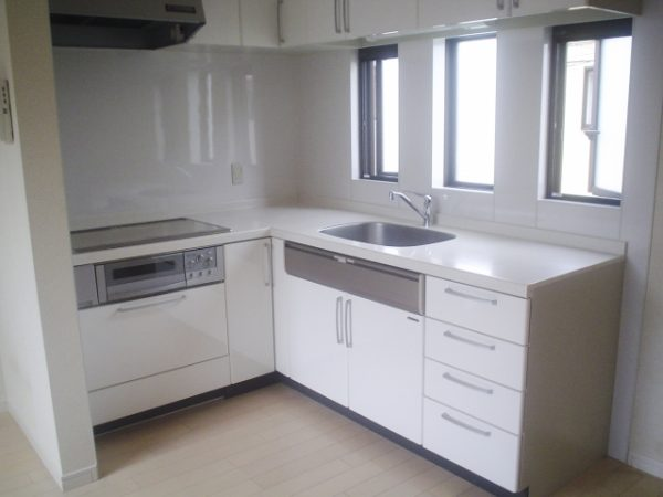 L型キッチンの写真