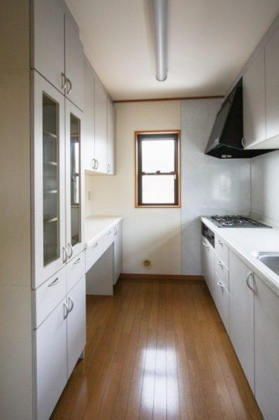 独立キッチンの写真