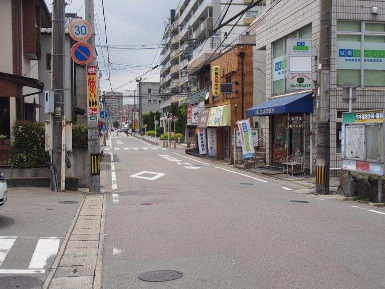 笹原駅前の通り