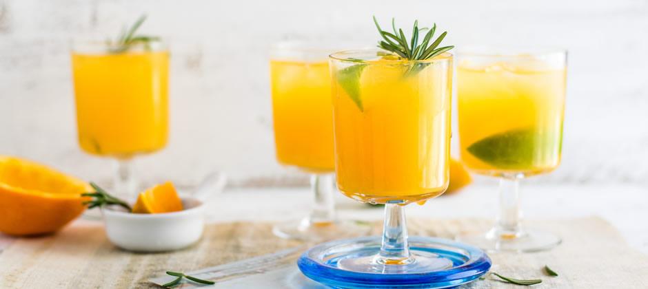 夏はキレイ色カクテルで家飲みのお酒をおしゃれに♪SNSにも◎