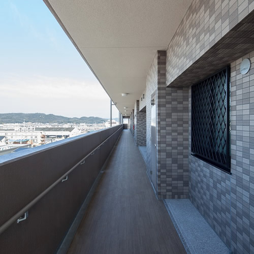 共用廊下・階段の幅が広く取られていることが大切