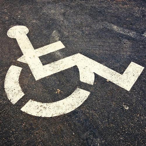 駐車場スペースが確保できるか要確認
