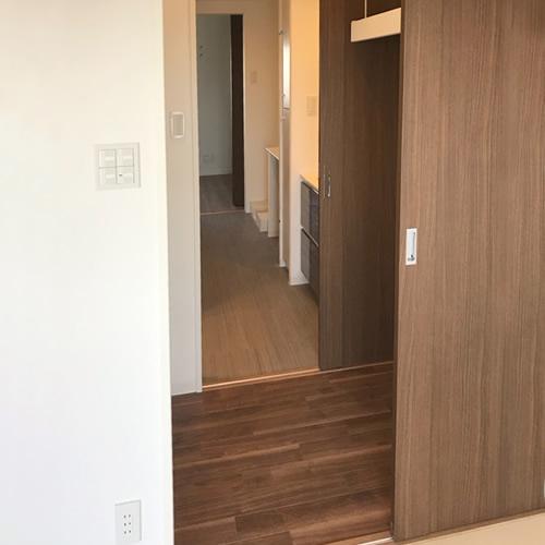 居室の扉は引戸が便利