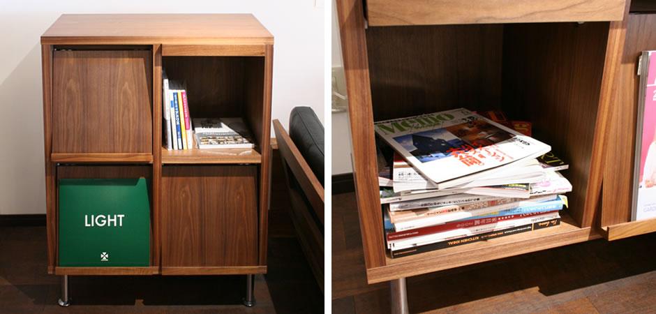 カフェ風のフラップ付き本棚