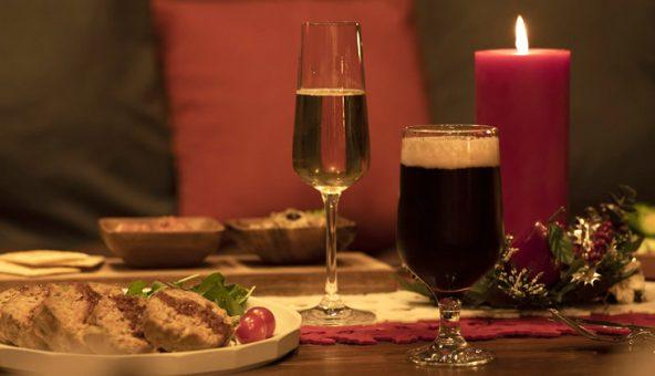 おうちBarで冬のホームパーティーをおしゃれに!手軽な本格カクテルをご紹介