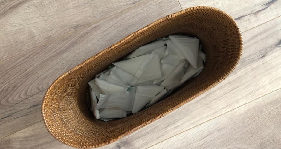 ゴミ袋のストックをゴミ箱で管理