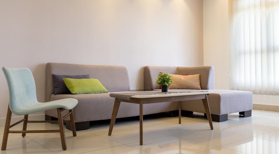 家具のサイズを測る