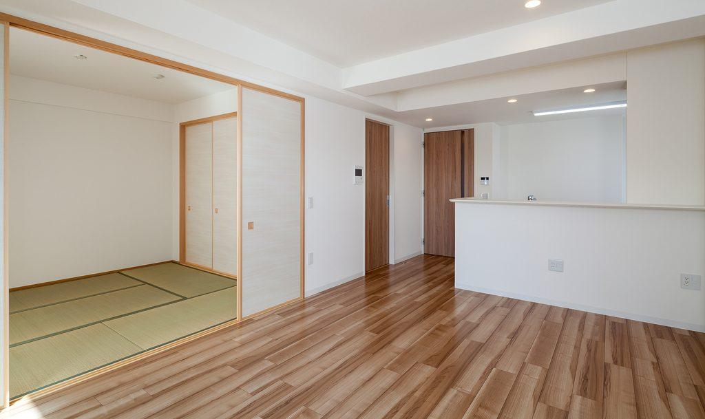 リビングに隣接した和室の例