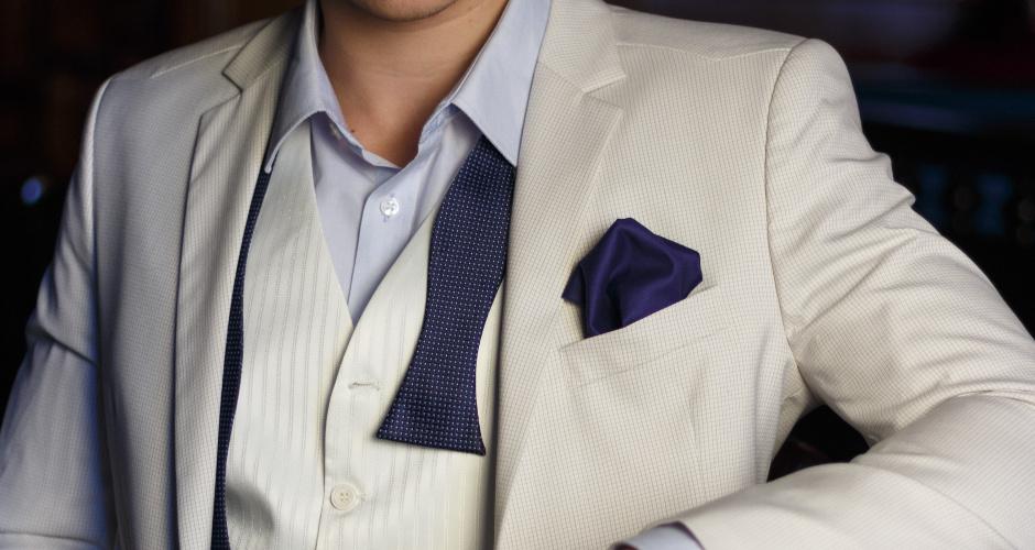 白スーツはNG