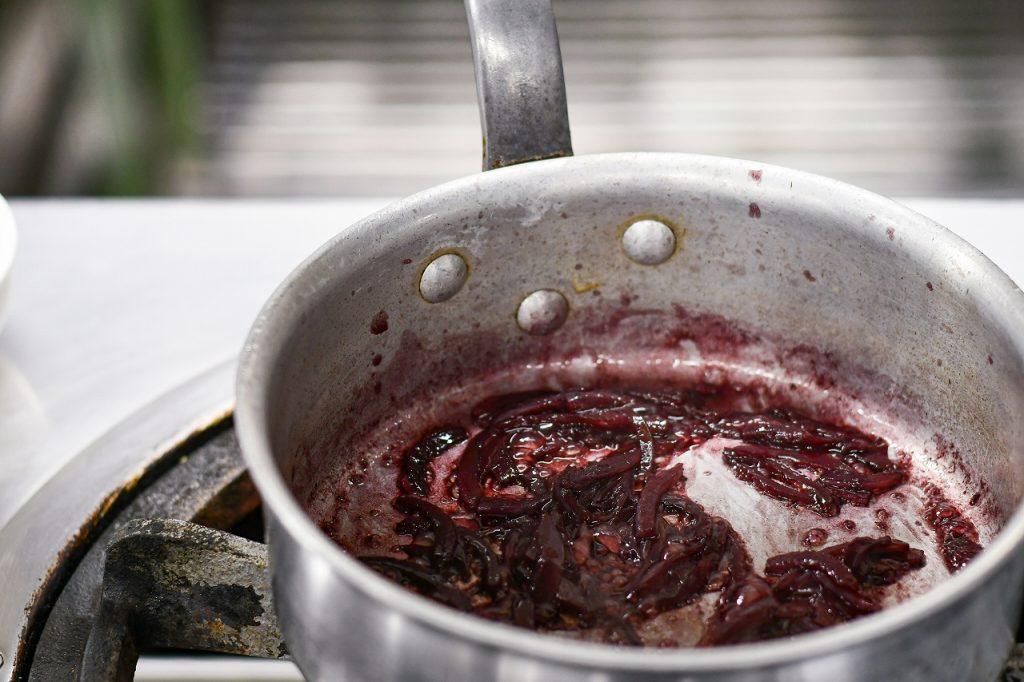 煮詰めた鍋