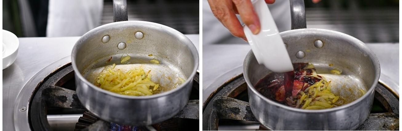 玉ねぎを炒めて。、赤ワインを入れる様子