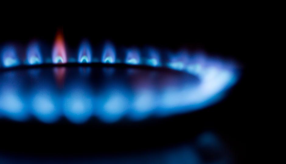 ガス代はなぜ高い?費用が嵩む3つの理由と今日から実践したい節約術
